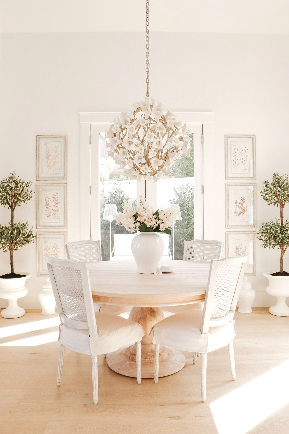 French Inspired Pedestal Dining Table Obsessed With This Dining Room Look Kristy Wicks White Dining Room Modern Dining Room Dining Room Design