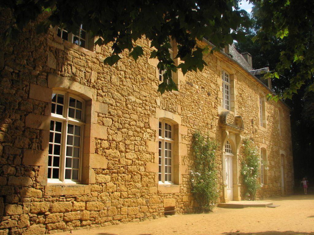 Manoir d'Eyrignac   Mapio.net
