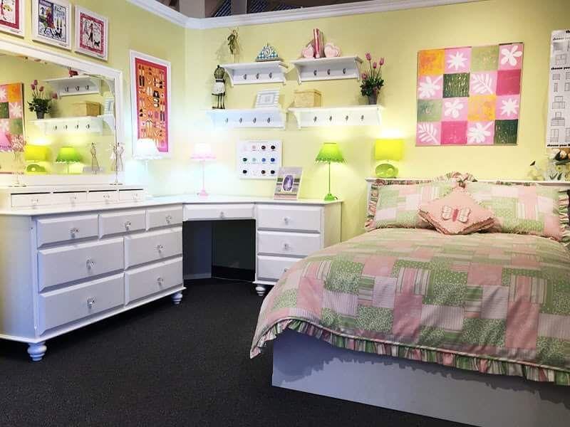 38 Funky and Functional Teen Bedroom Furniture Essentials