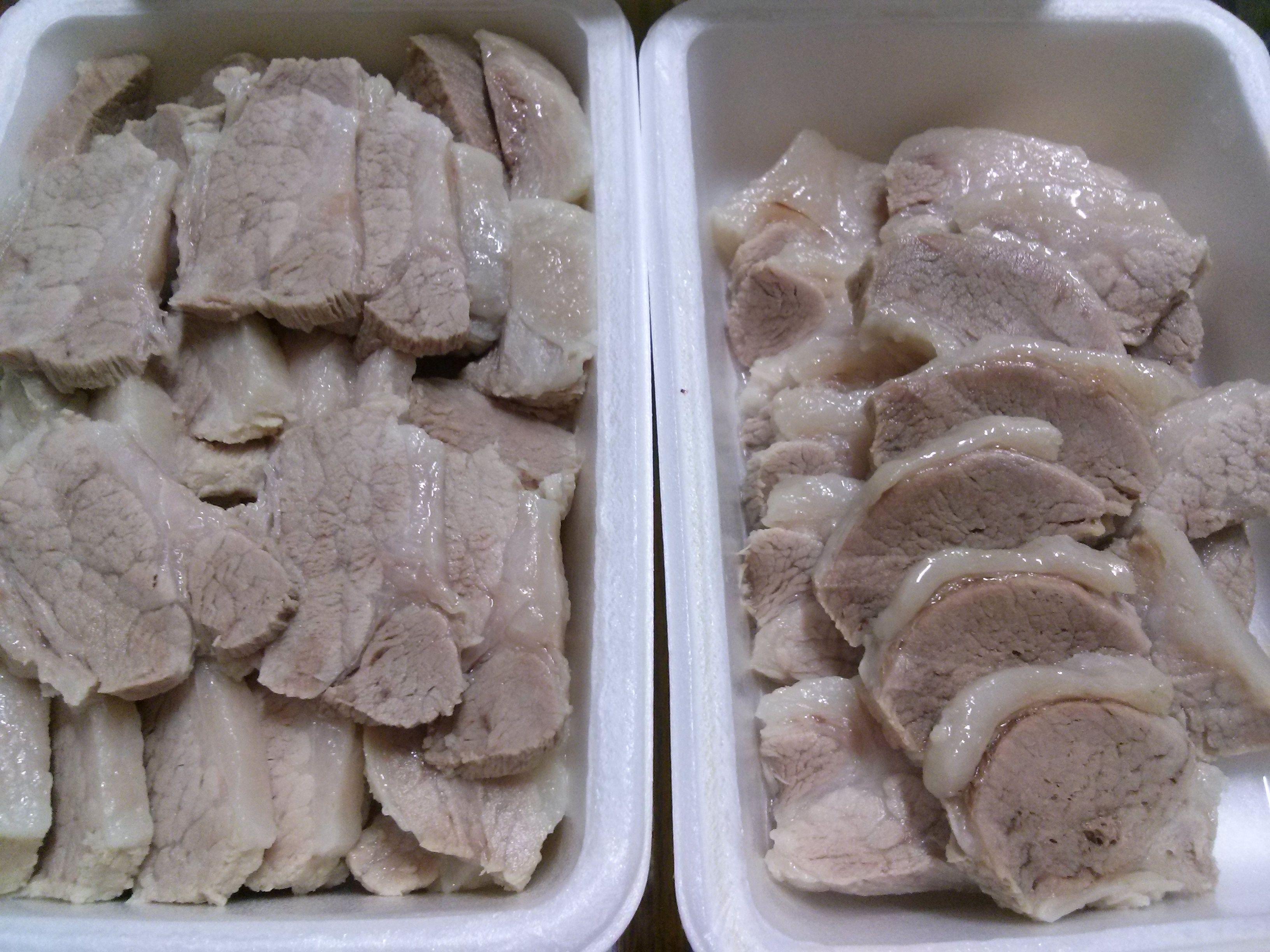 수육(Boiled Beef or Pork Slices). 일반적으로 양념 간장(soy sauce)에 찍어 먹거나 김치와 곁들여 먹기도 한다.