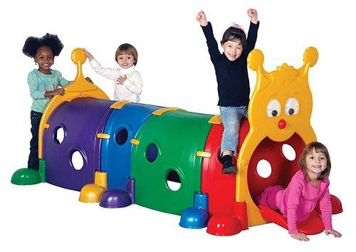 Những món đồ chơi cho bé tăng cường vận động ngoài trời an toàn, bổ ích