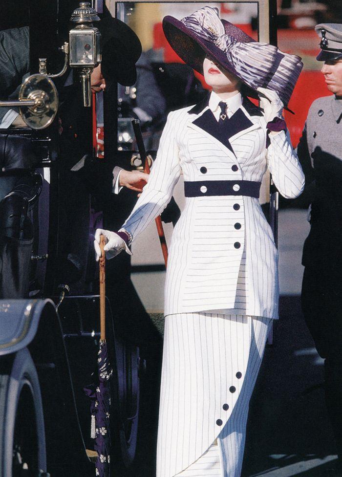 9a7938a26 Kate Winslett as Rose DeWitt in 'Titanic', 1997, costume designed by ...