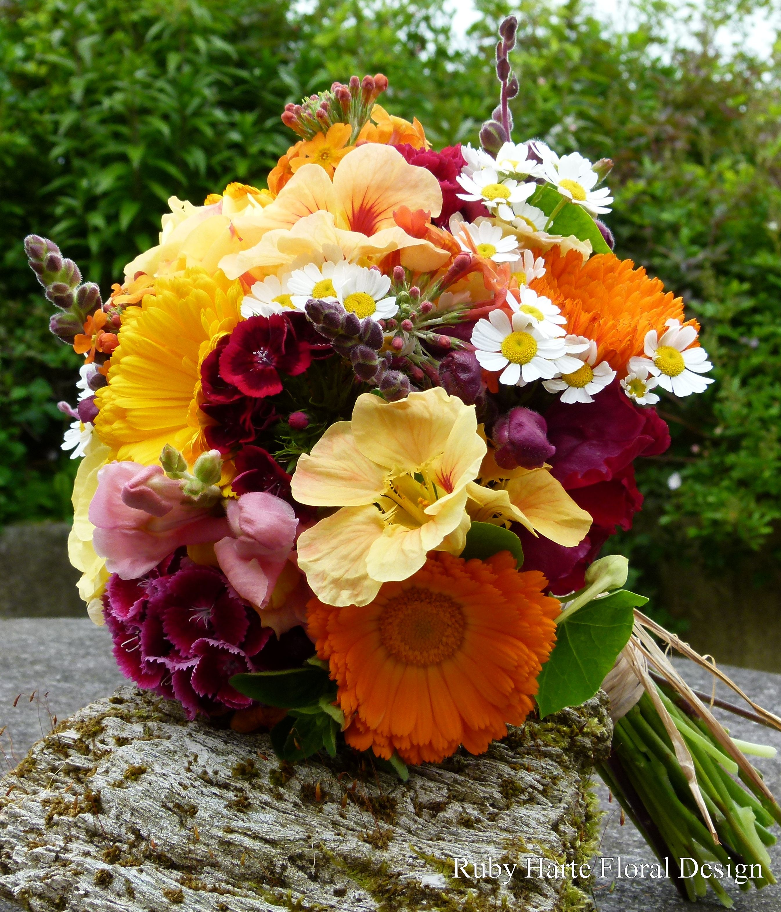 Pin by Clare O'Sullivan on Wedding ideas Wedding flowers