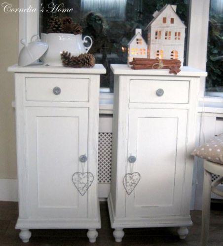 Landelijke Nachtkastjes Te Koop.Witte Landelijke Nachtkastjes French Armoire Display Cabinet