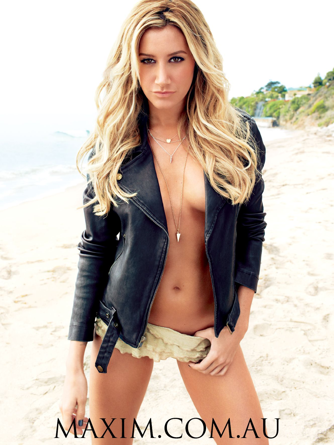 ashley tisdale vk