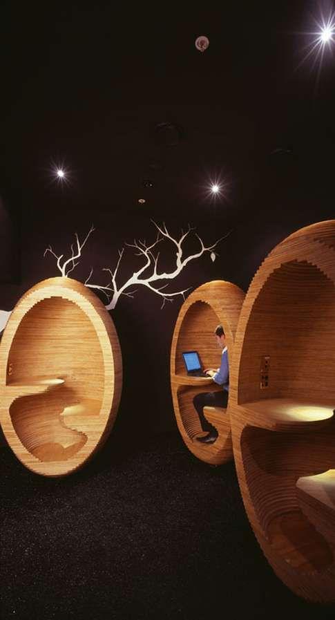 Wooden Egg Workspaces / Emma Selzer
