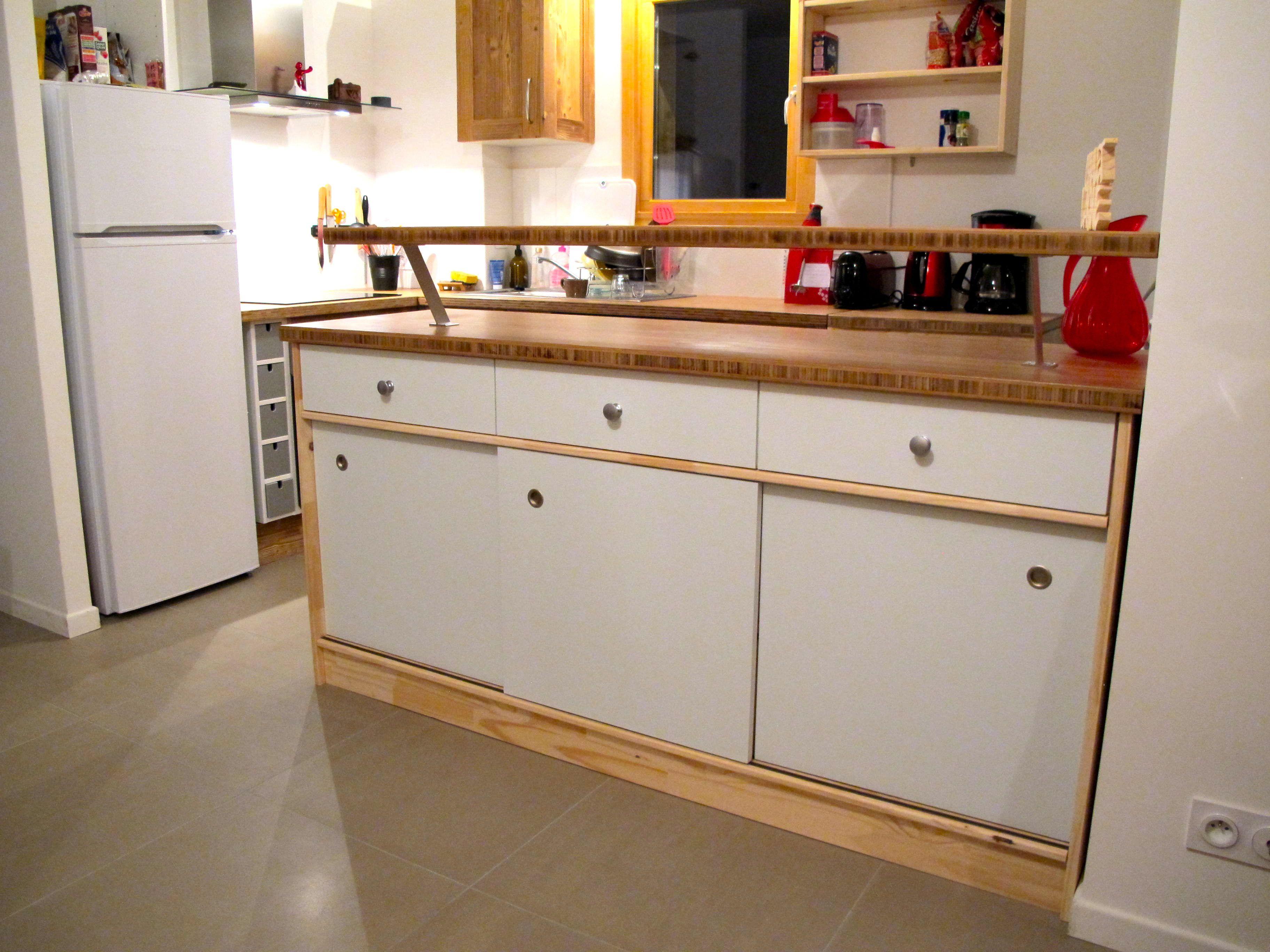 ilot central de cuisine id es pour la maison pinterest id es pour la maison ilot central. Black Bedroom Furniture Sets. Home Design Ideas