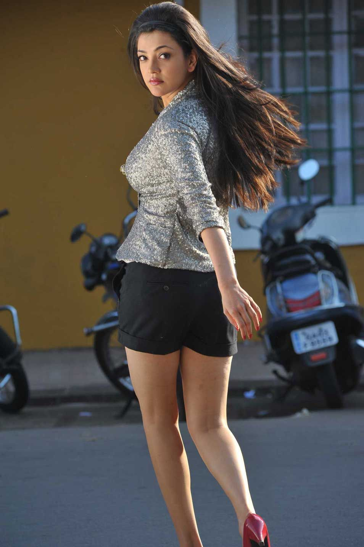 Kajal Agarwal Hot Unseen Bikini Pictures 4