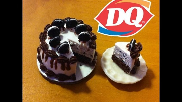 simons Dairy Queen ice cream cake   with a Halloween