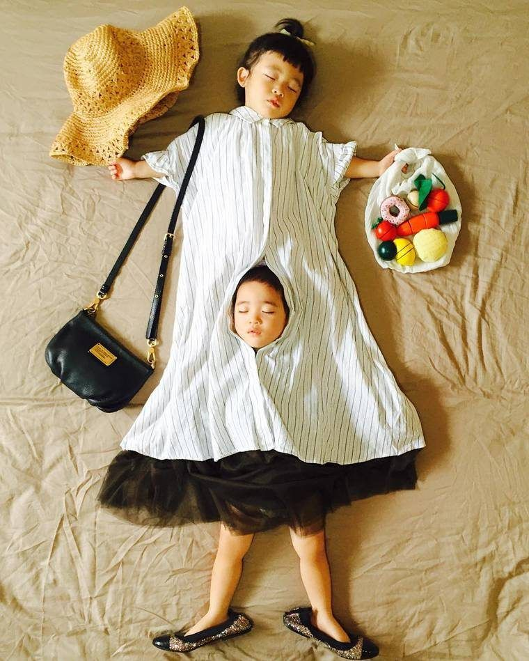 Mom Poses Napping Twins In Whimsical Scenes « AwkwardFamilyPhotos.com 04/6/2017