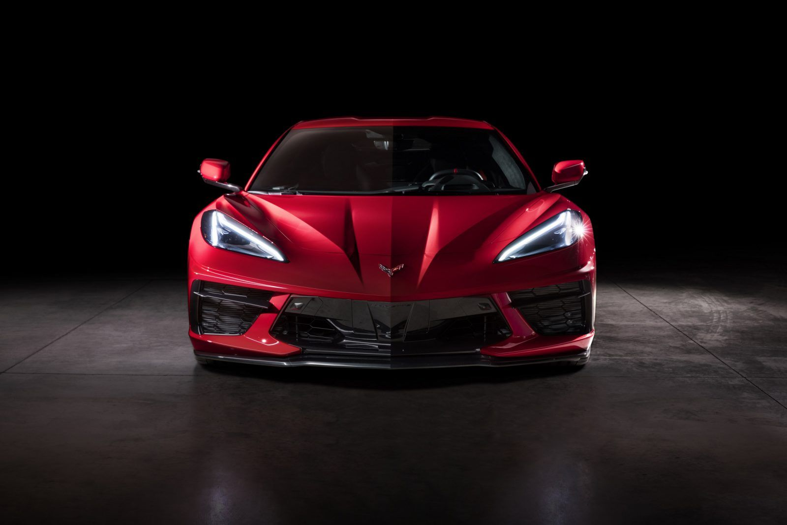 Zora S Dream Fulfilled Chevrolet Unveils 2020 C8 Corvette Stingray Mid Engine Power And Technology Revamp Iconic Nameplate For New Generation Of Sports Car Bu Chevrolet Corvette Stingray Corvette Stingray Chevrolet Corvette