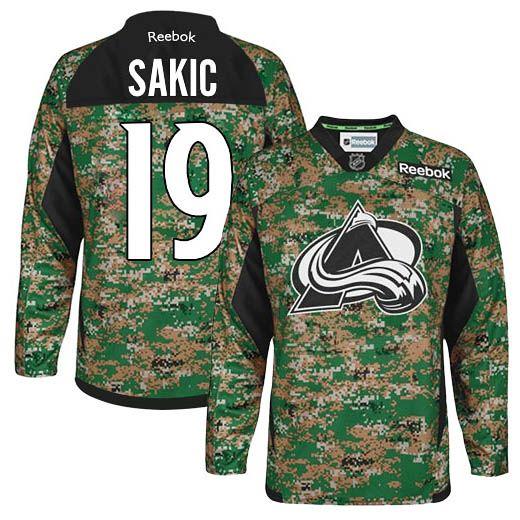 colorado avalanche 19 joe sakic camo practice veterans day jersey