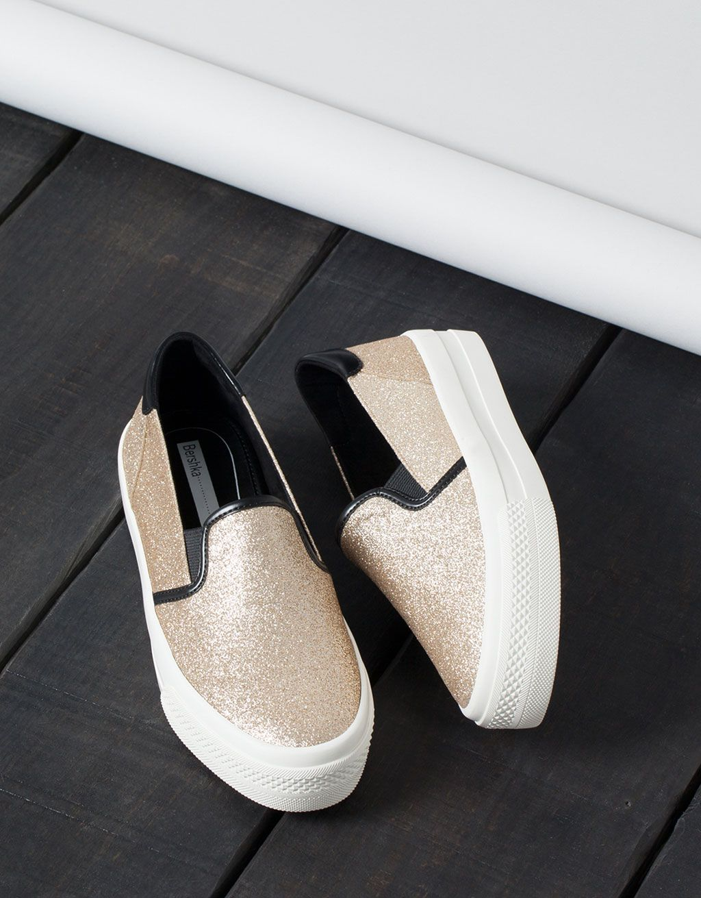 online retailer 705d8 9cd44 Bamba Brillo Sin Cordones Bershka - Zapatos - Bershka España