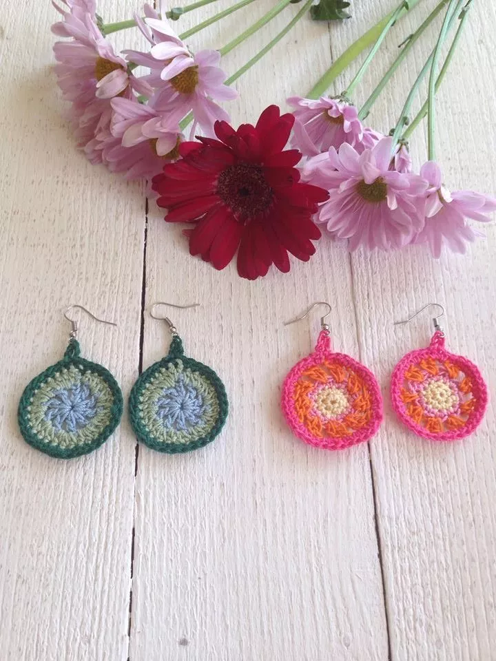 Quick and Easy Crochet Earrings Pattern images