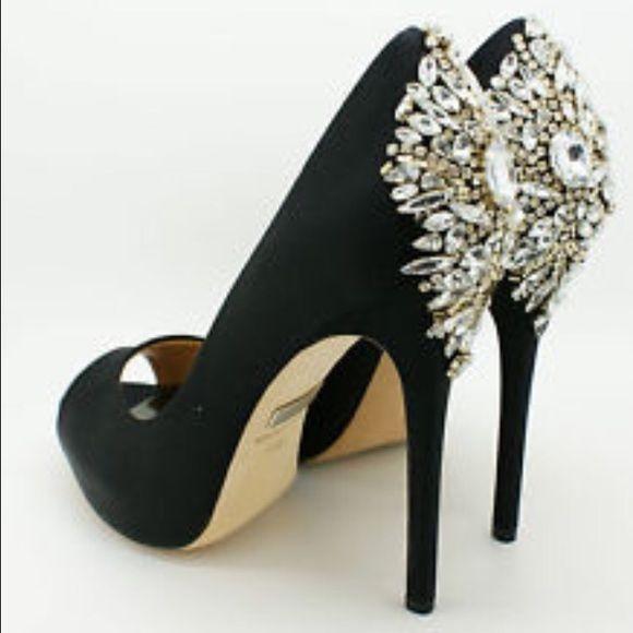 badgley mischka kiara black peep toe heels