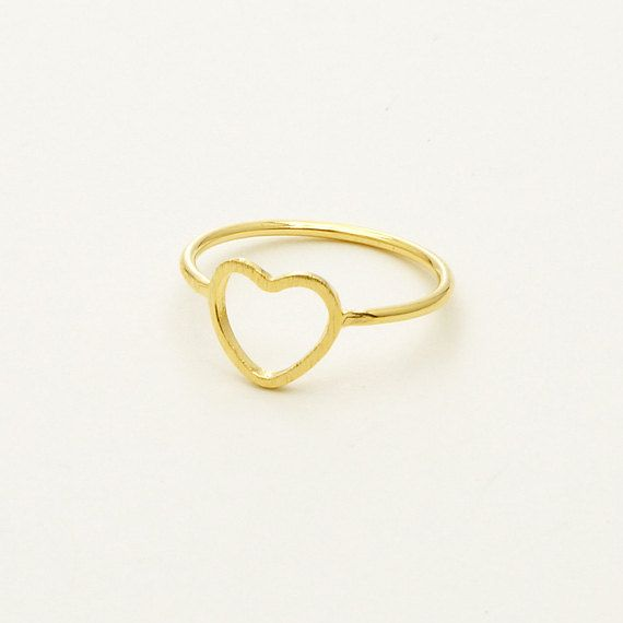 Line Heart Ring in Gold / R051G