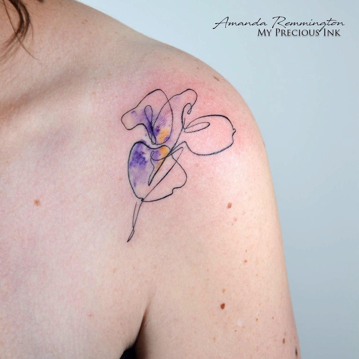 Beautiful Single Line Iris Tattoo In 2020 Iris Tattoo Iris Flower Tattoo Tattoos