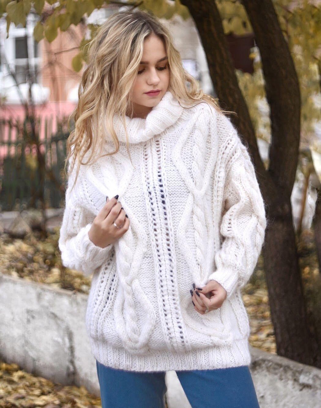be87959e52fe Купить или заказать Вязаный женский свитер