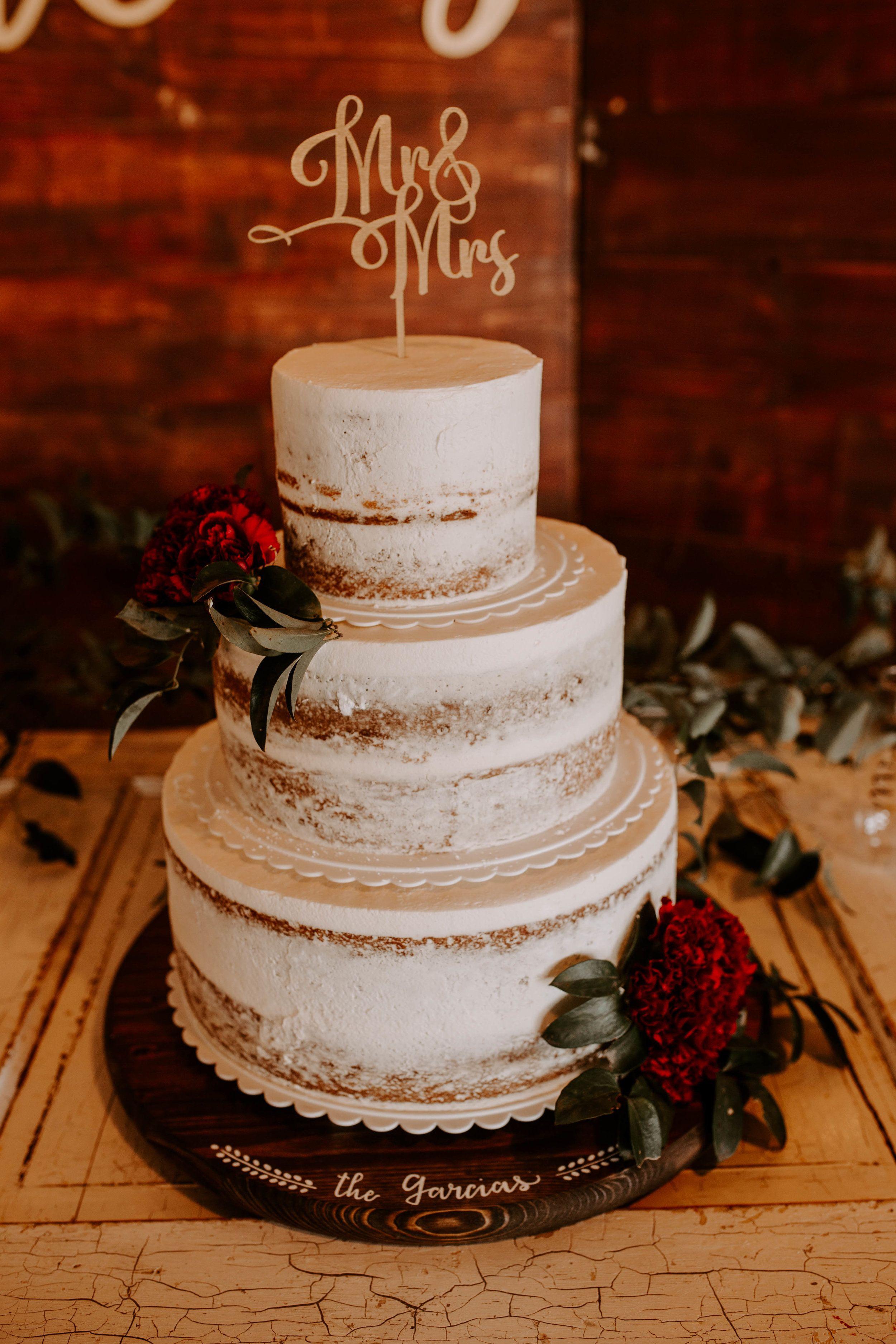 Fabiola And Lupe Wedding Cake Meme Urbane Photography Wedding