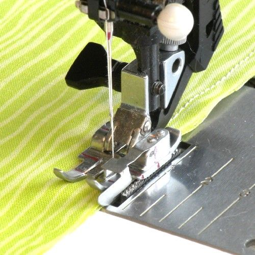 Pfaff 40040 Inch Quilting Foot With Right Guide Quilting Sewing And Adorable 1 4 Inch Sewing Machine Foot