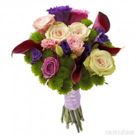 The Grower's Box has excellent deals on bulk packages of wedding flowers. Also included in their catalog are collections of ARRANGED wedding flowers. These flowers come pre-arranged and are delivered directly to your door two days before your wedding. Easy to care for and very attractive, collections of arranged wedding flowers are very popular approach to DIY wedding flowers! Visit www.GrowersBox.com for more information.