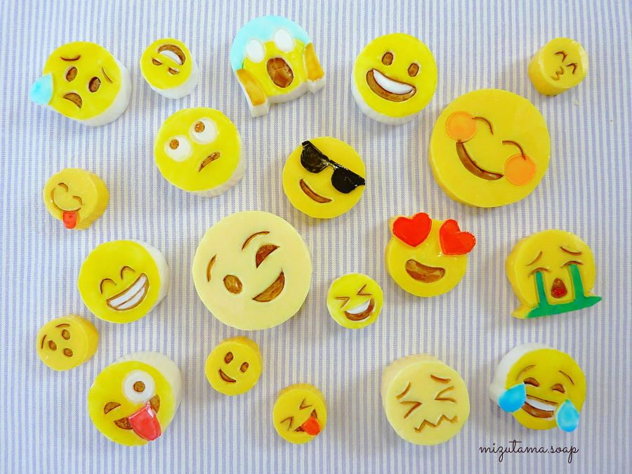 How To Carve Emoji Out Of Soap Easy Soap Carving Soap Carving Easy Soap Free Emoji