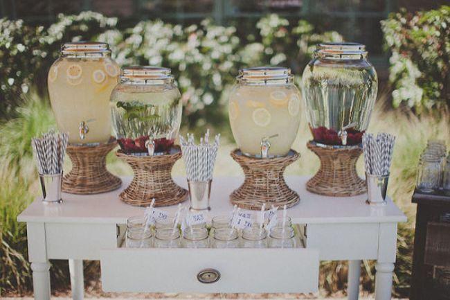 les plus jolis bars limonade pour votre mariage. Black Bedroom Furniture Sets. Home Design Ideas