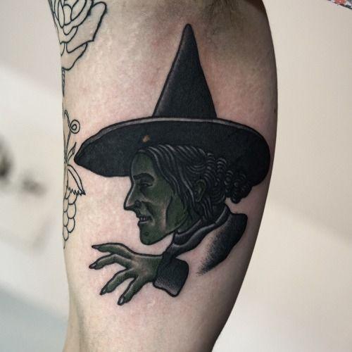 La Bruja Del Mago De Oz Mago De Oz Tatuajes Brujas Tatuajes