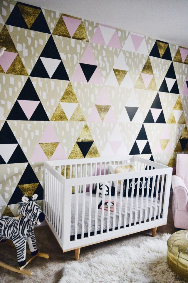 Glamorous nursery with geometric pattern from Pixers. Source @ohlolablog com/p/BSYJ9ulBgkN/?taken-by=lililove_deco Source http://www.oh-lola.com/changing-spaces-pixers/