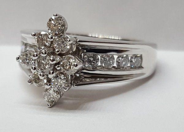 Ladies 10 Karat White Gold And Diamond Ring 1081 White Gold Rings White Gold Diamonds
