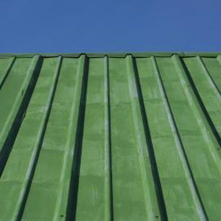 How To Seal Between Metal Roofing Sheets Green Roof House Green Roof Metal Roof