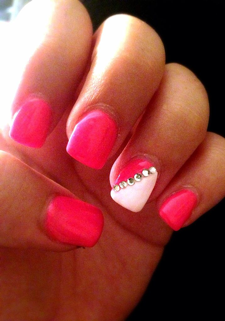 Hot Pink Neon Nails With Diamonds For Vegas Diamond Nails