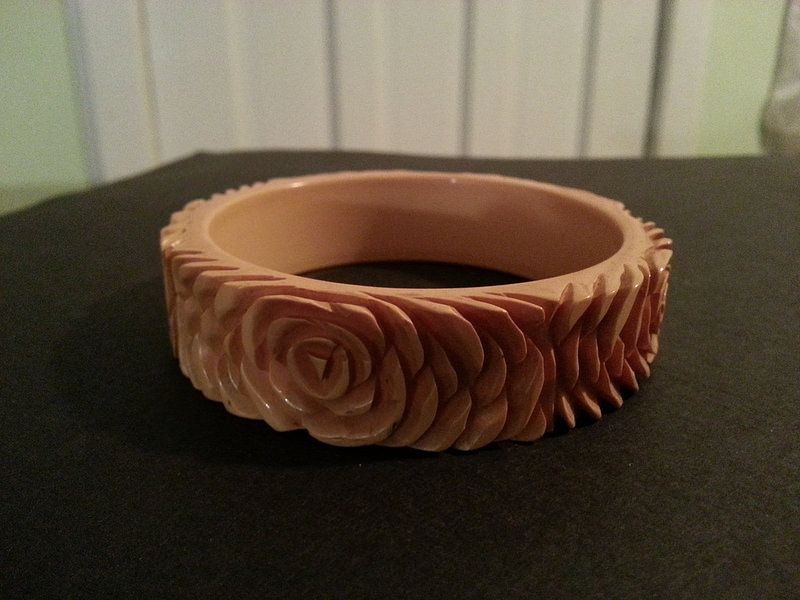 Vintage Plastic Bracelet (Probably Bakelite).   Sold. Though, you can find more beautiful, vintage jewelry, at our Etsy store, here:  https://www.etsy.com/shop/WildersideJewelry?ref=s2-header-shopname