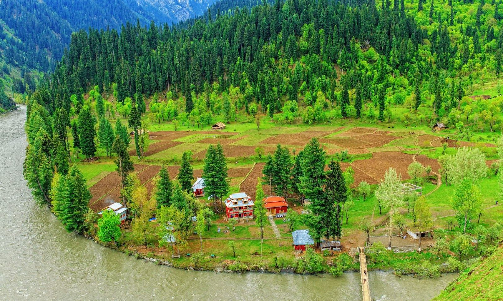 Natural Beauty Of Kashmir Hq Backgrounds Natural Scenery Nature Pakistan Photos