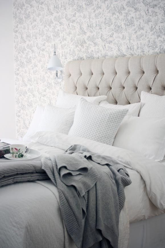 hell weiss grau Bett Schlafzimmer - Bedroom Pinterest - schlafzimmer grau weiß