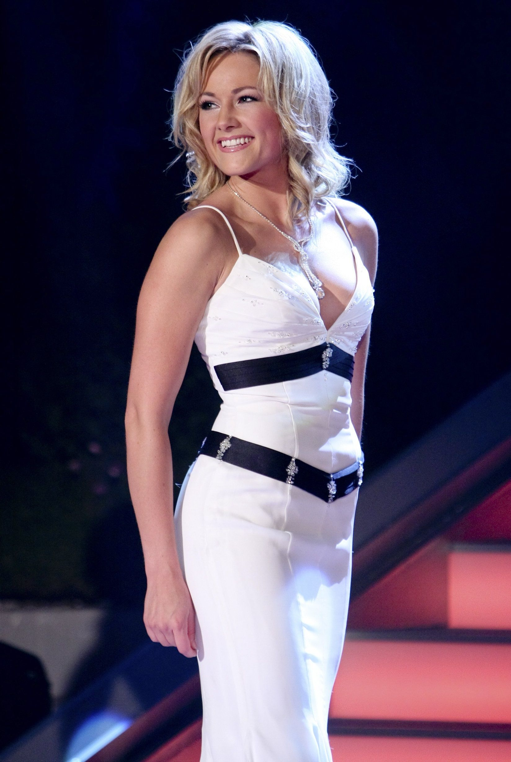 Ideas about long pixie hairstyles on pinterest - Helene Fischer Helene Fischer Pinterest