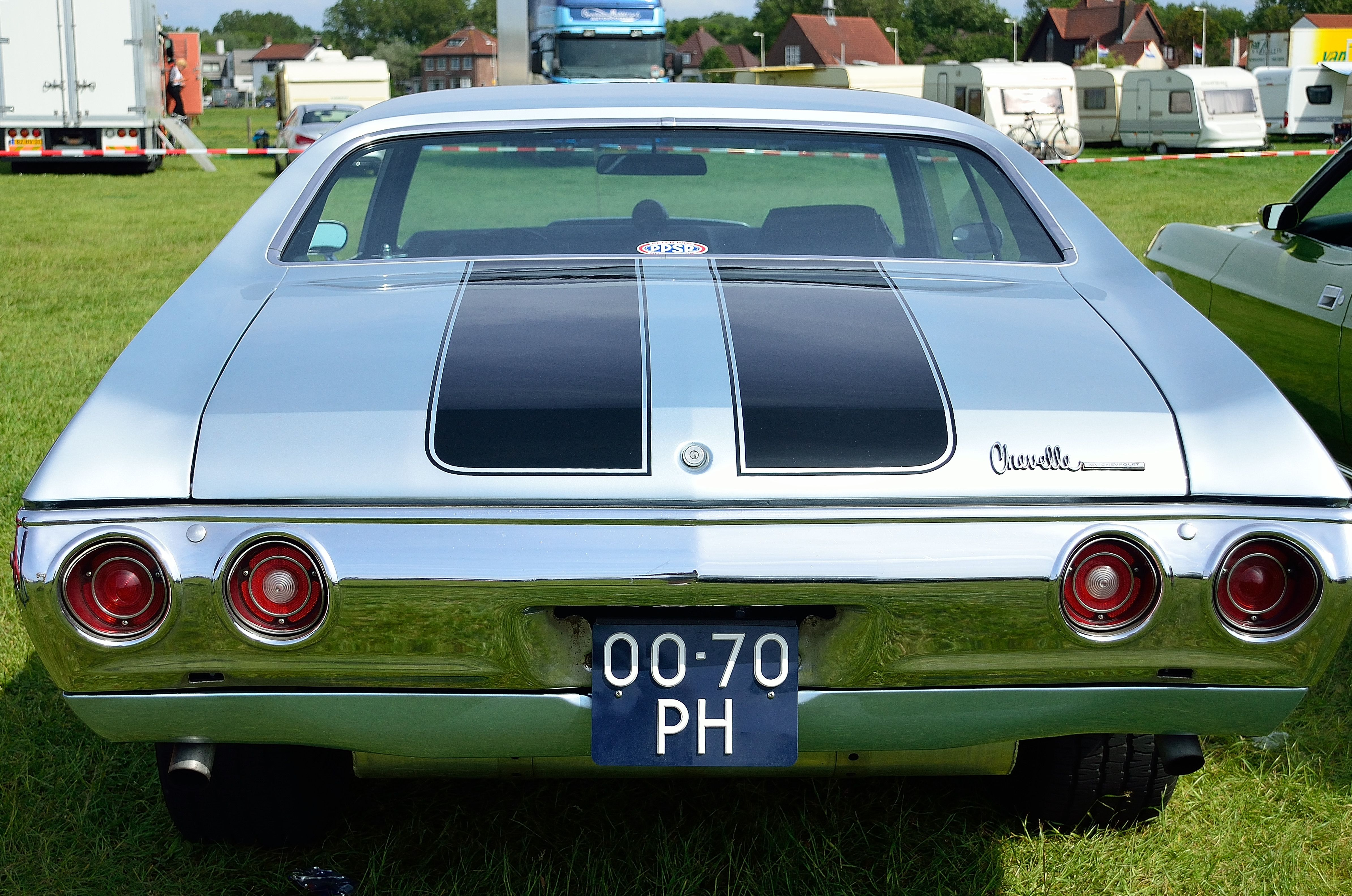 The back end of a 71 chevelle nice cars at festivals for Garage volkswagen chevilly larue