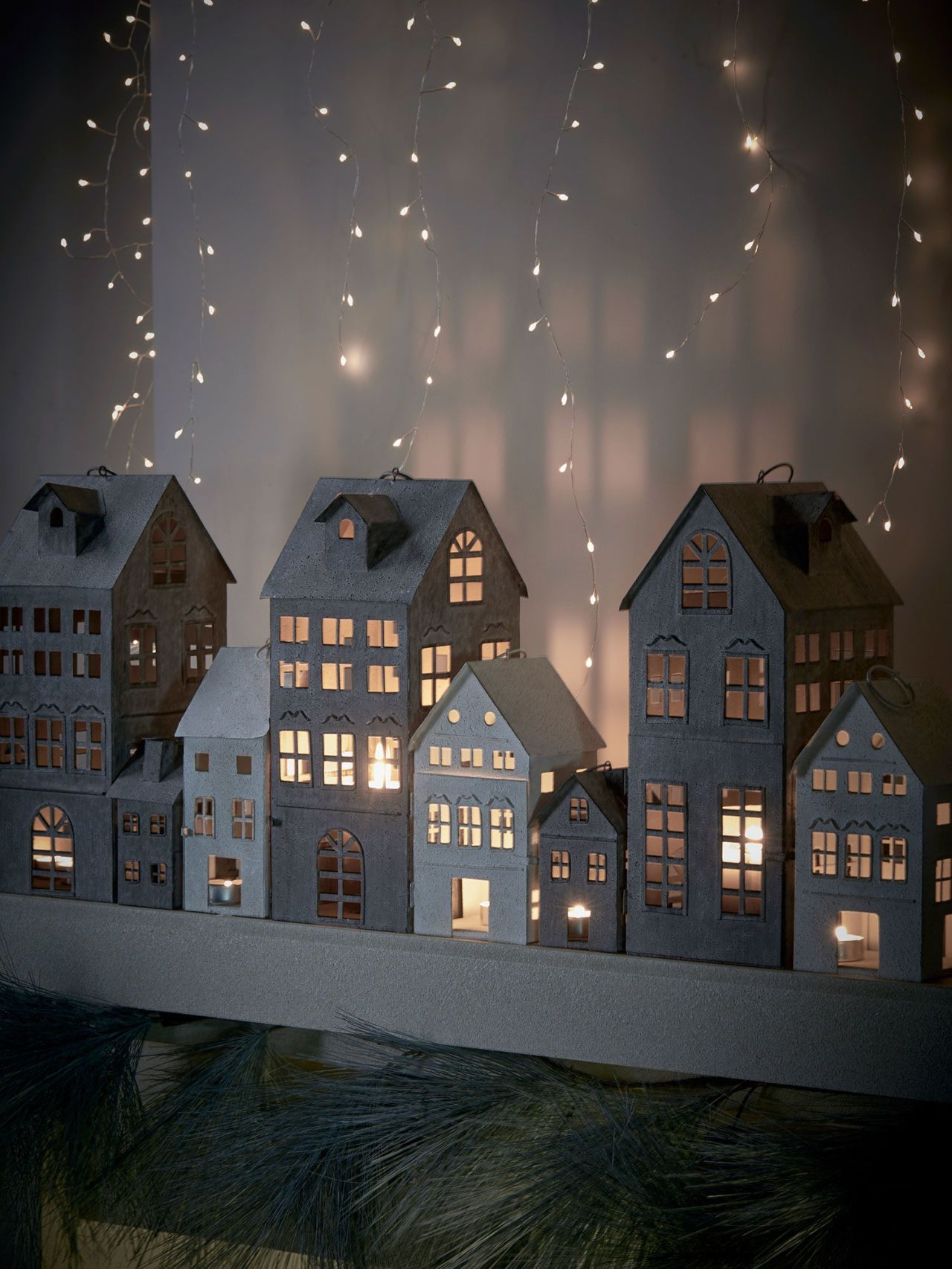 3 of the most stylish Christmas decorating trends this year ...