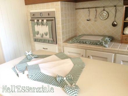 set cucina shabby chic composto da copri forno copri fornelli e runner modello cuori