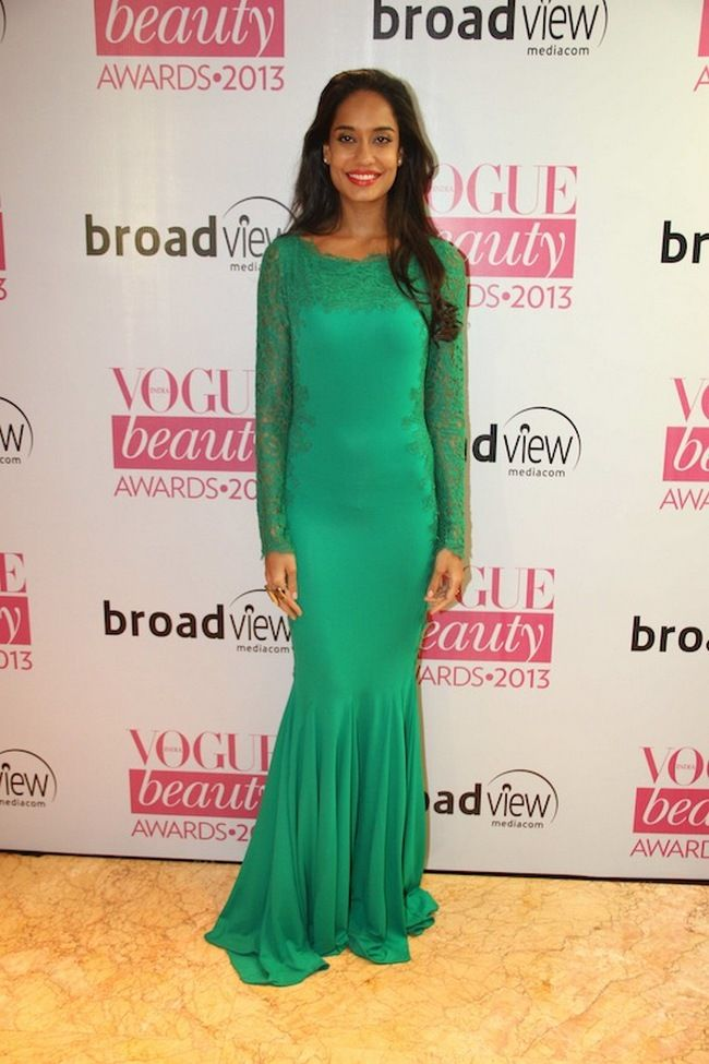 Lisa Haydon in a green lace gown at the Vogue Beauty Awards 2013 #Bollywood #Fashion