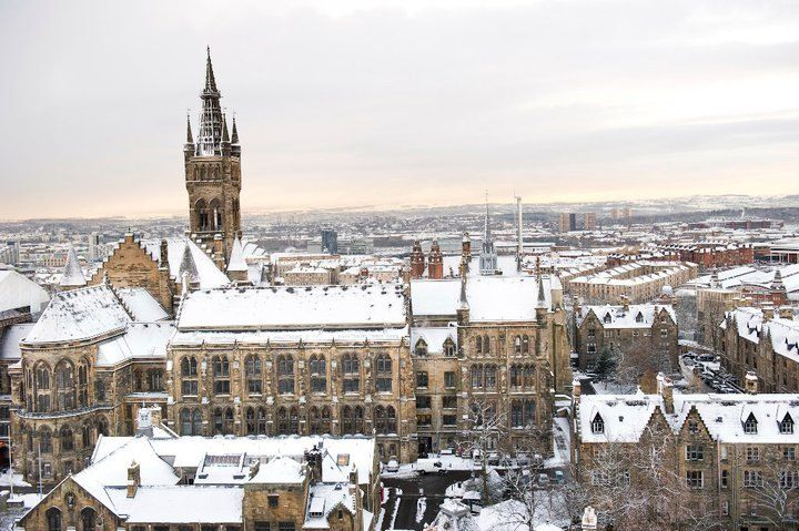 University Of Glasgow Main Building In Glasgow S West End In The Snow Miss This Place Glasgow Paris Skyline West End
