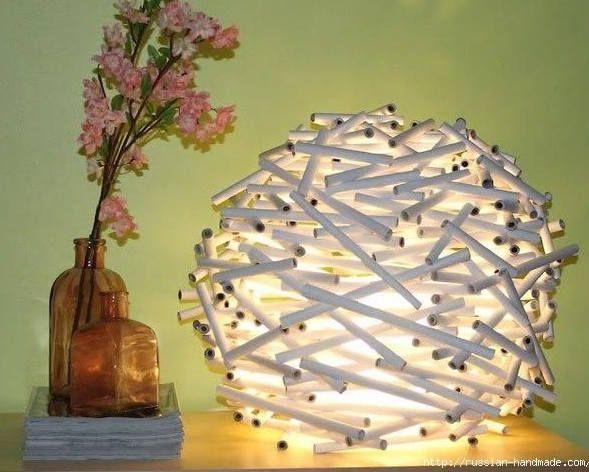 Fabriquer une belle lampe de table avec du papier journal Quelle - Fabriquer Une Chambre Noire En Carton