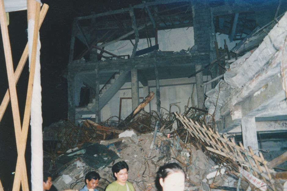 2002 Bali Bombing, Club Sari