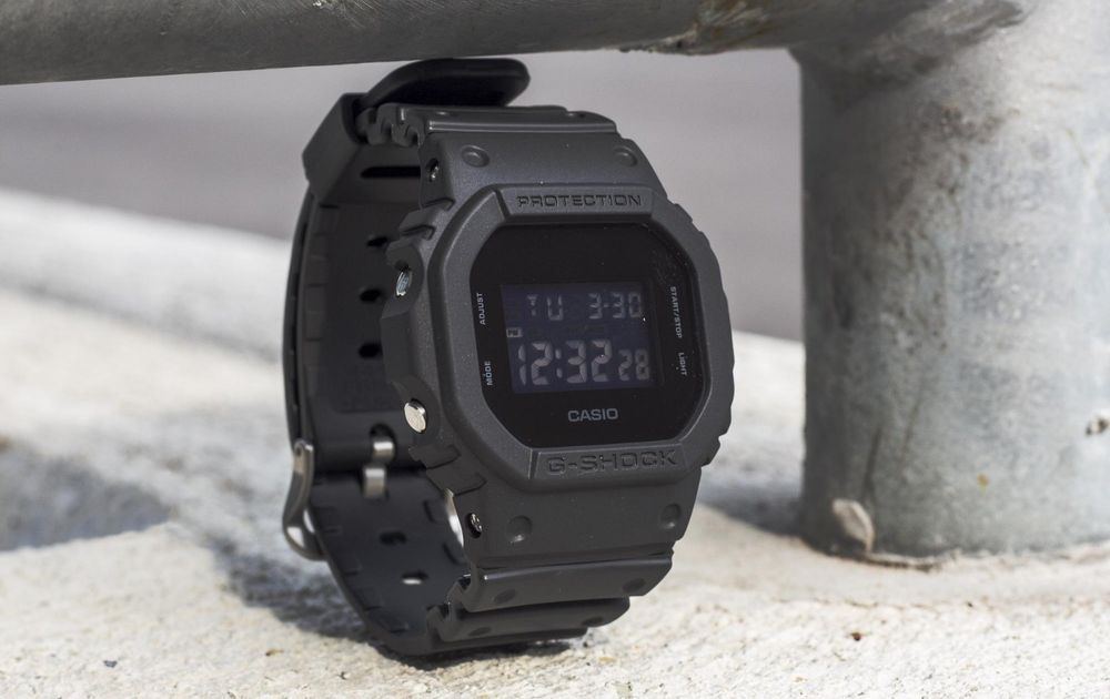 71230bcd4207 CASIO G-Shock DW5600BB-1A All Matt Black Monotone Reverse LCD  Casio