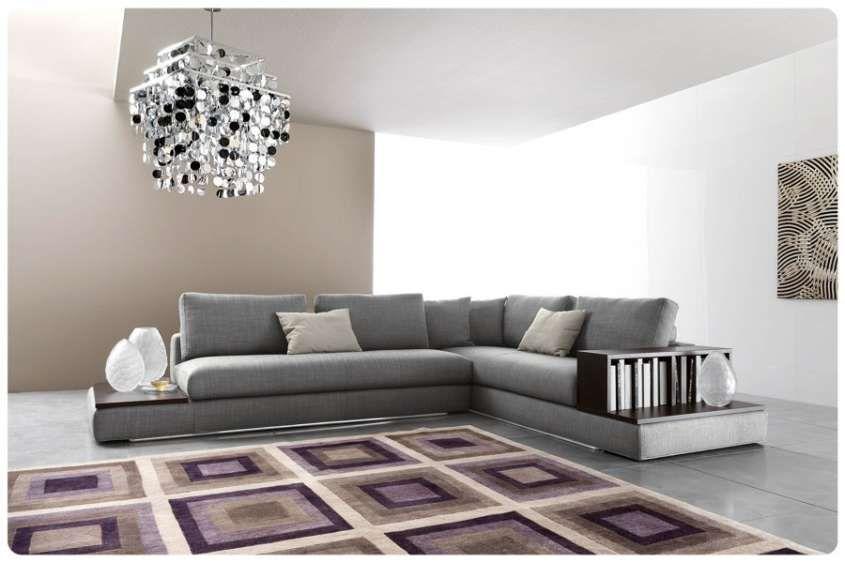 Abbinare il grigio alle pareti - Pareti senape e divano tortora ...