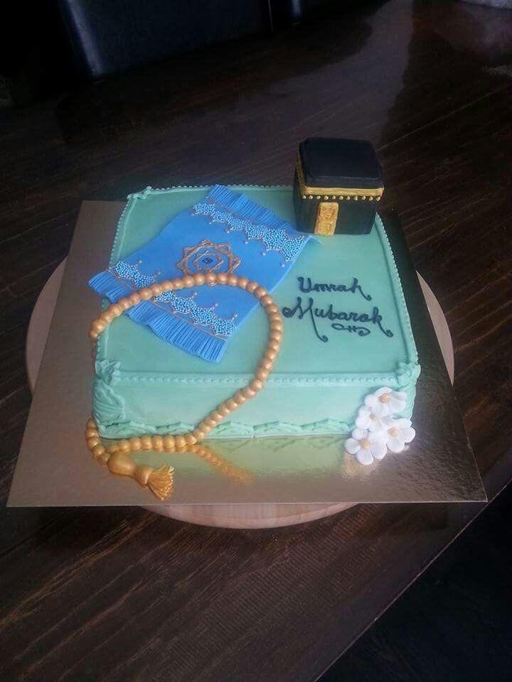 Umrah Banner: 'Umrah Mubarak Cake