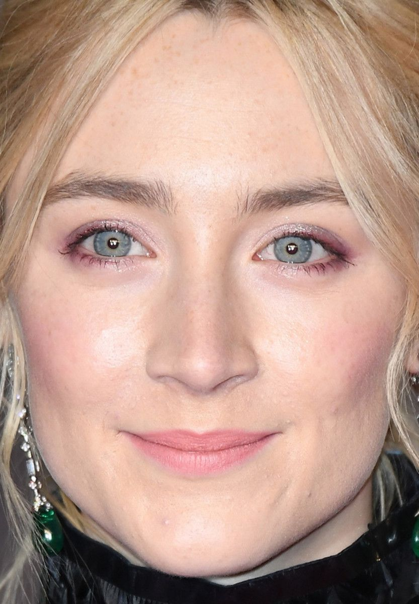 Saoirse ronan close up - 2019 year