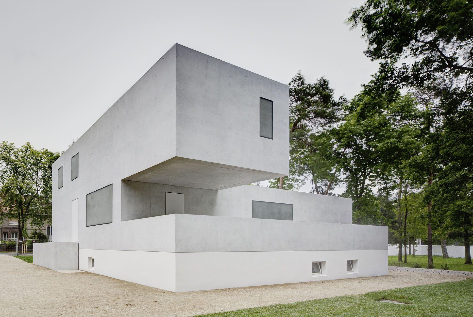 Casa De Los Maestros De La Escuela Bauhaus De Weimar By Bruno,  Innenarchitektur Ideen