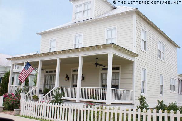 Benjamin Moore Historical Colors Carrington Beige On The Siding Nantucket Grey On The Doors