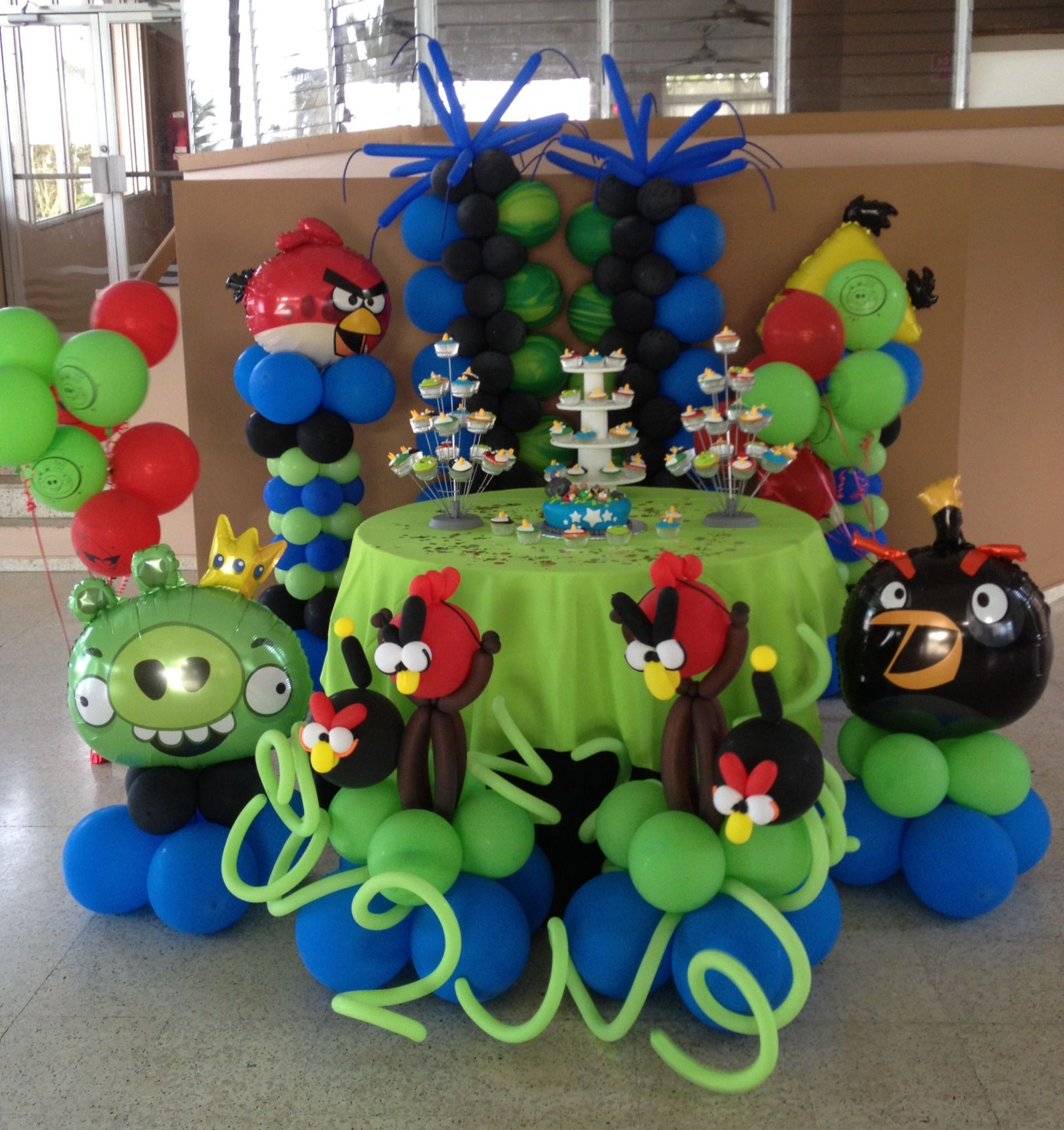 Southern blue celebrations angry birds party ideas for 7 star balloon decoration